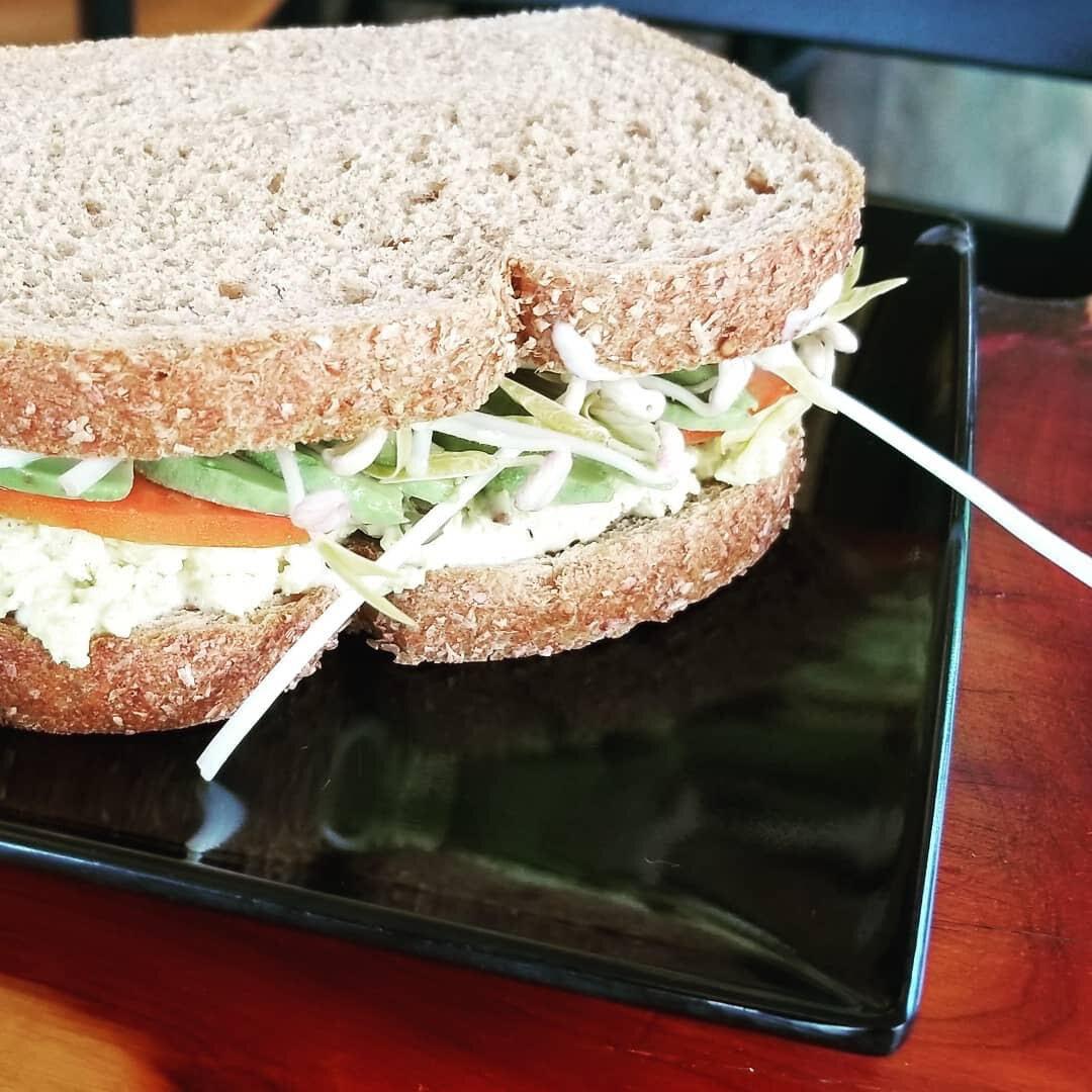 tofu sandwich leaf and bean