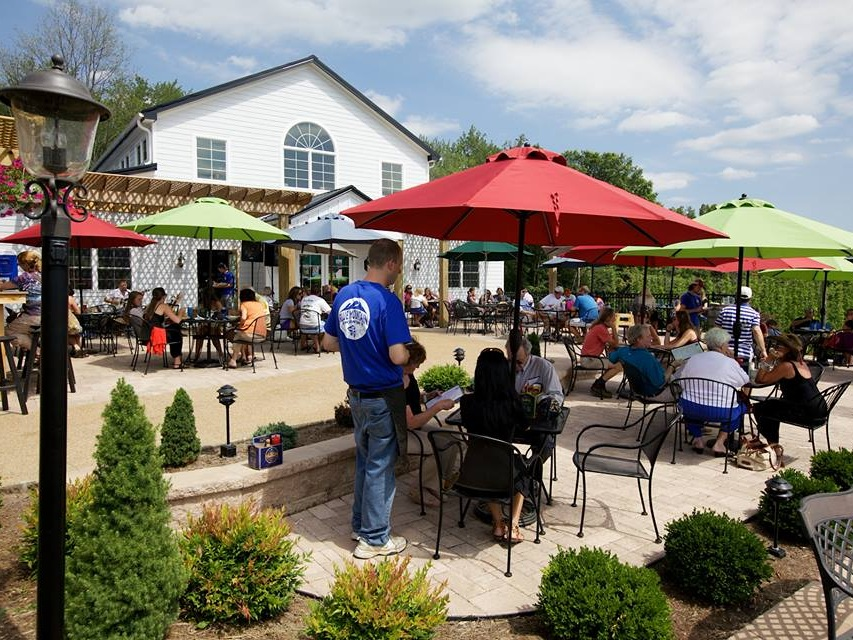 Blue-Mountain-Brewery-2-bright-patio-image_1.jpg
