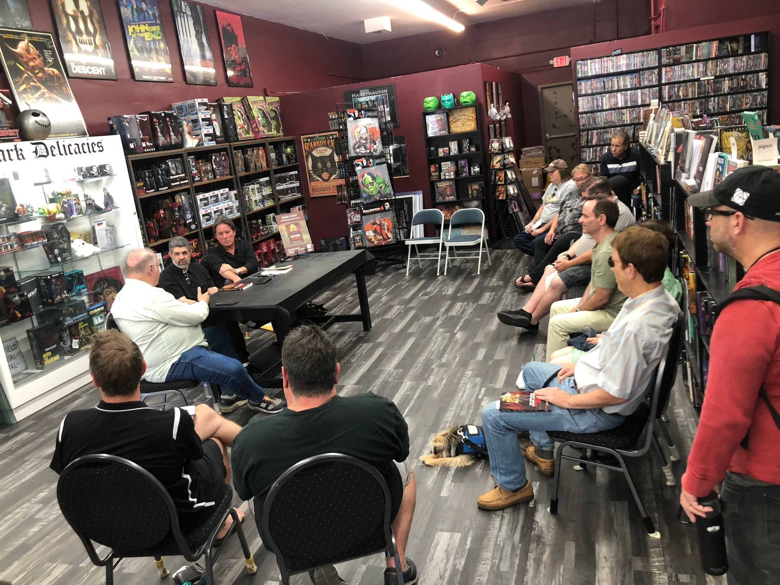 WRITER, PRODUCER, SHOW BUSINESS HISTORIAN AND COMIC BOOK LEGEND MARK EVANIER WAS SPECIAL GUEST MODERATOR FOR THE WELL-ATTENDED DARK DELICACIES DISCUSSION. (CLICK PHOTO FOR STORY)