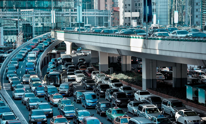 Ciudades de 5 km/h VS ciudades de 60 km/h - El Arq. Marco Garza Mercado presenta dos conceptos para hacer conciencia sobre el desarrollo de las ciudades