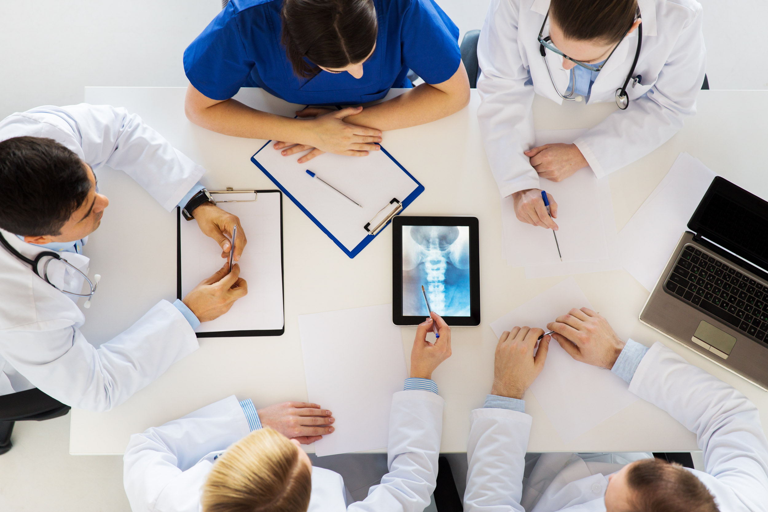 Position yourself with the future - Be a part of our distribution family. Together, we can achieve Curiteva's mission to provide innovative spinal implant systems to improve patient outcomes and simplify surgical procedures for surgeons.