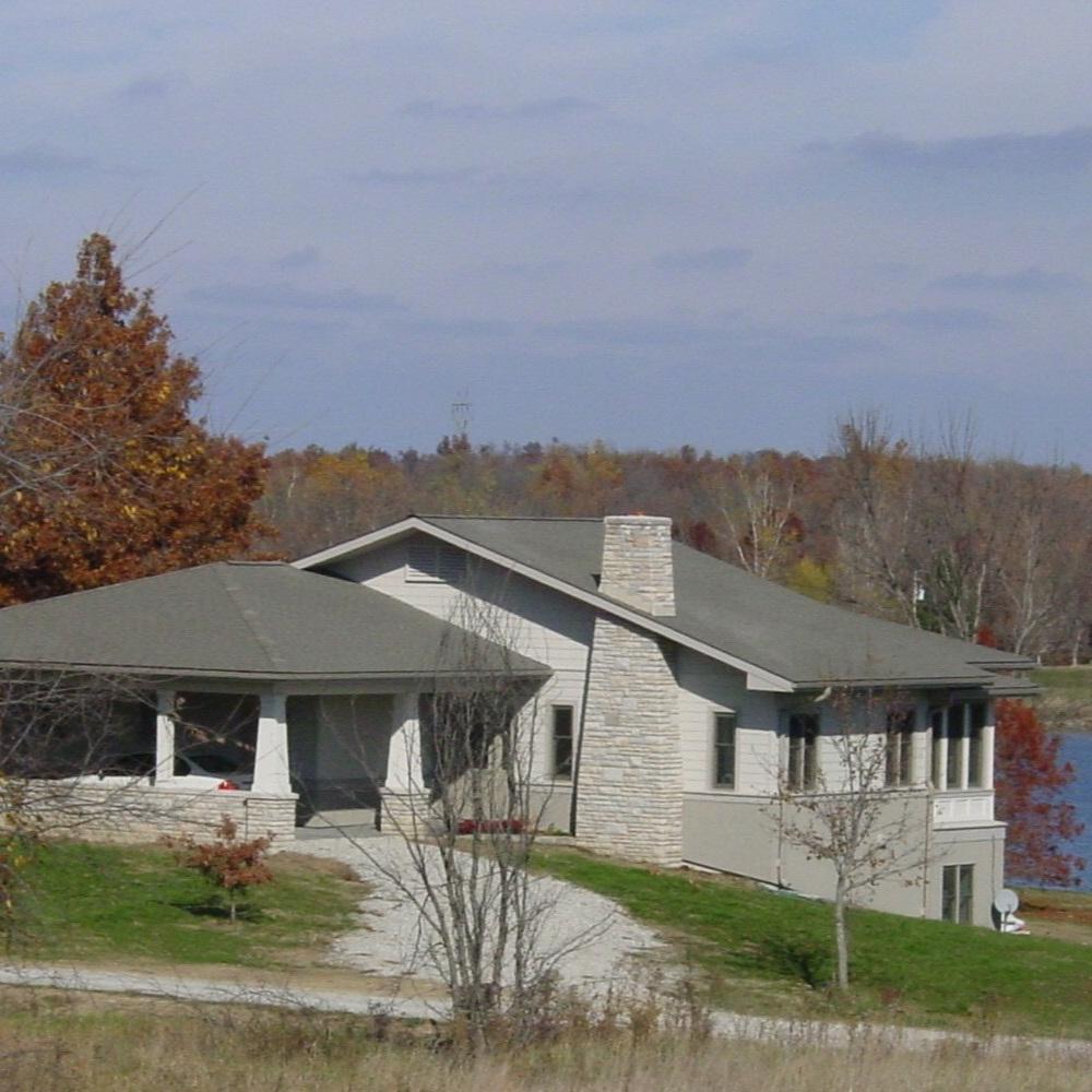 Lakehouse in Missouri