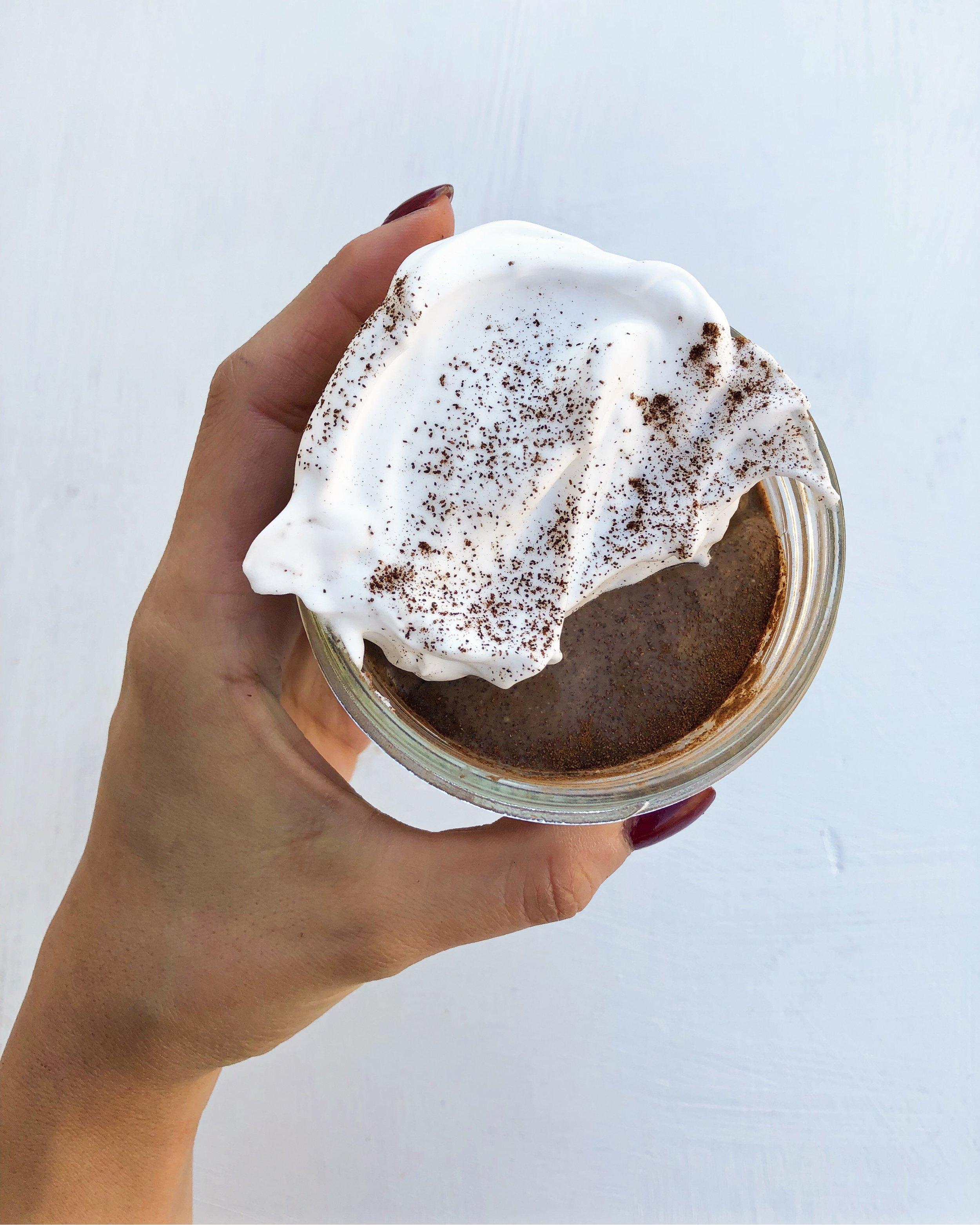 Overnight chocolate chia pudding 2