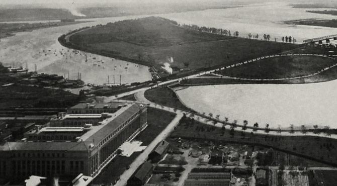 harboursquare-left-history.jpg