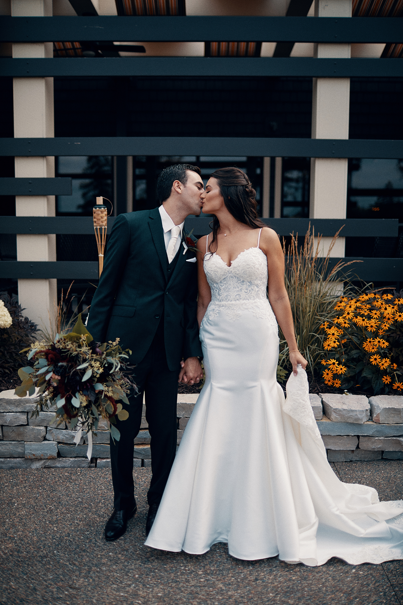 Delwood_Country_Club_In_White_Bear_Lake_Wedding_And_Engaement_Photographer_In_Minnesota_High_End_Brand_Something_Candid_009.JPG