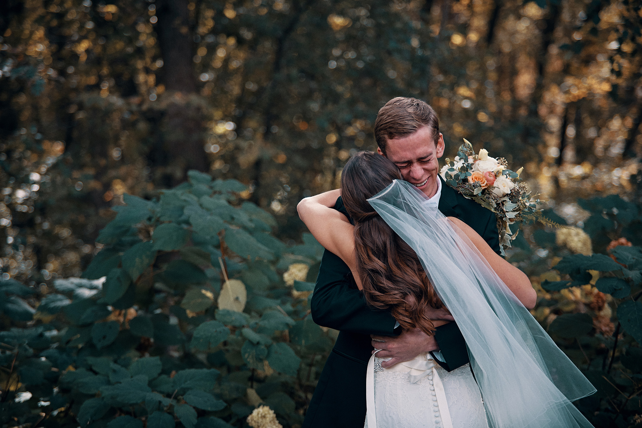 Gorgeous_Wedding_At_The_Outing_Lodge_In_Stillwater_Photography_High_End_Brand_Photographer_Something_Candid_015.JPG