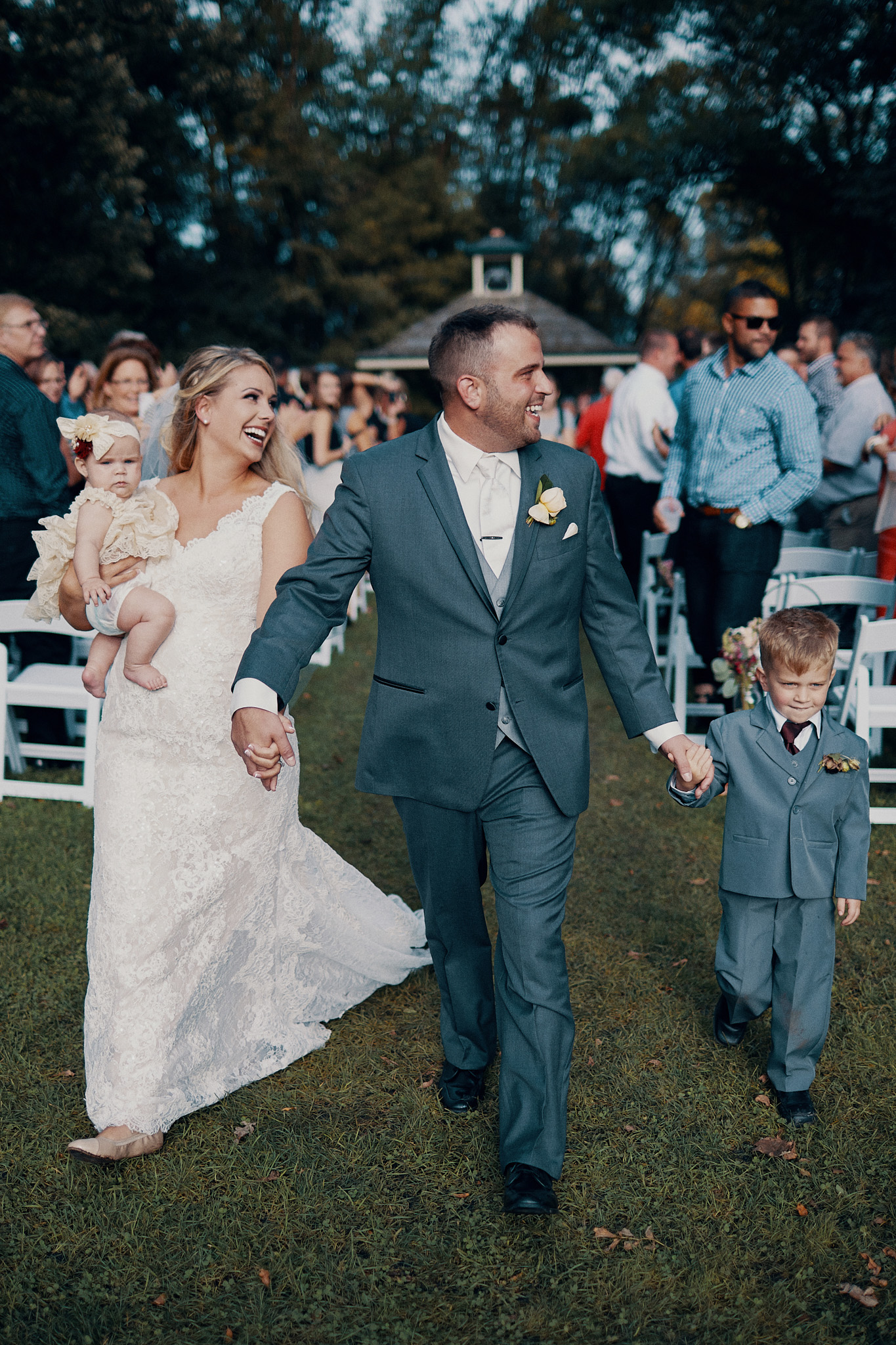 Minnetonka_Orchard_Wedding_Photography_High_End_Minneapolis_Brand_Photographer_Something_Candid_033.JPG