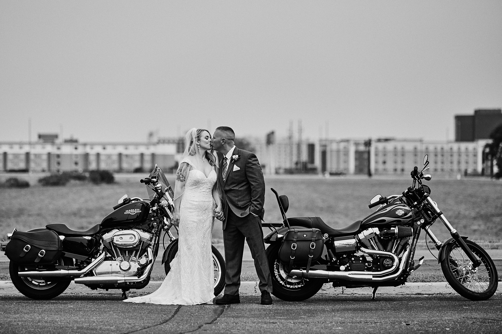 Wedding_By_High_End_Minneapolis_Brand_Photographer_Something_Candid_054.JPG