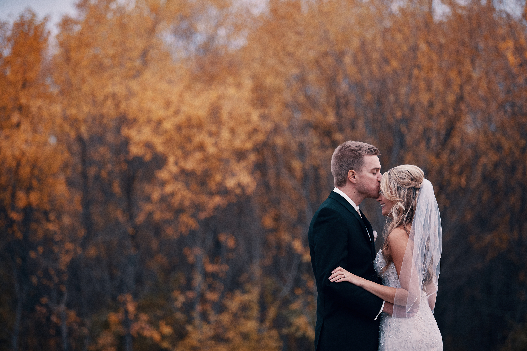 Best_Minneapolis_Wedding_And_Engaement_Photographer_In_Minnesota_High_End_Brand_Something_Candid_004.JPG