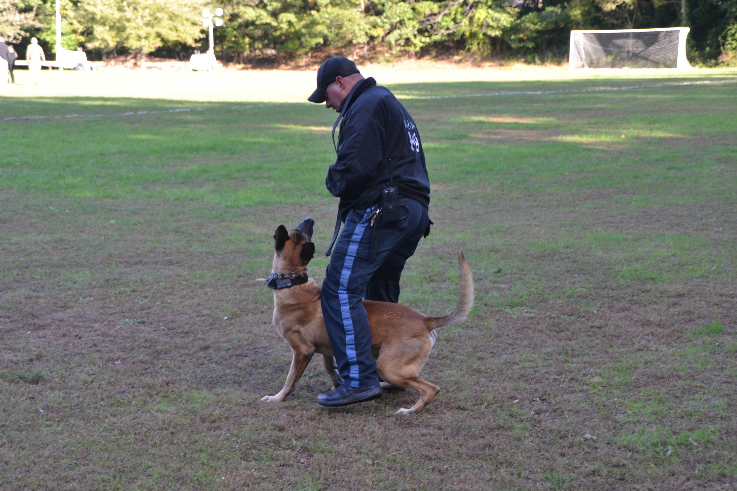 mahwah police k-9 officer and dog