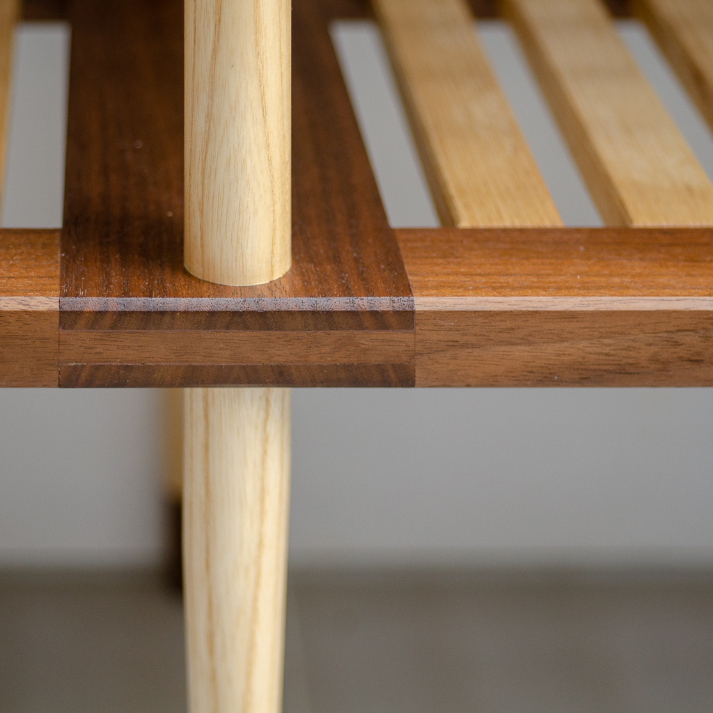 Leg joint on CLIVE bench