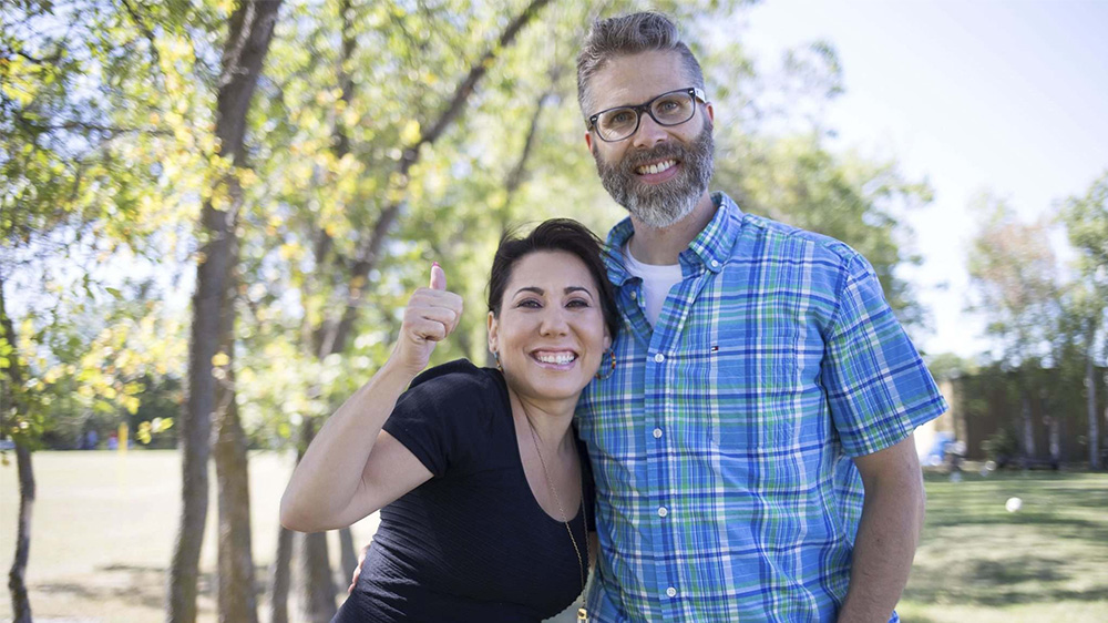 University of Winnipeg professor Leah Gazan (left) and Steve Heinrichs of Mennonite Church Canada are trying a peaceful fast in a push to get the federal government to implement the United Nations Declaration on the Rights of Indigenous Peoples. (JEN DOERKSEN/WINNIPEG FREE PRESS)