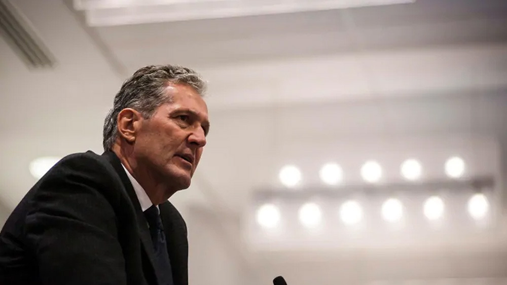 Manitoba Premier Brian Pallister, speaking at a Progressive Conservative Party luncheon, said divisions between Indigenous and non-Indigenous people over hunting at night are 'becoming a race war.' (Christopher Katsarov/Canadian Press)