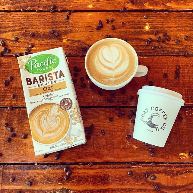 Oat milk is here!!! Rich, creamy, vegan and just plain delicious! We especially love it in our pumpkin spice latte 😋 #grazeatthegoat . . . #toronto #the6ix #papevillage #danforth #eastyork #playter #espresso #food #foodie #torontolife #cafe #coffee #oatmilk #vegan #oatmilklatte #nondairy #milkalternative #pumpkinspice #goatcoffeeco