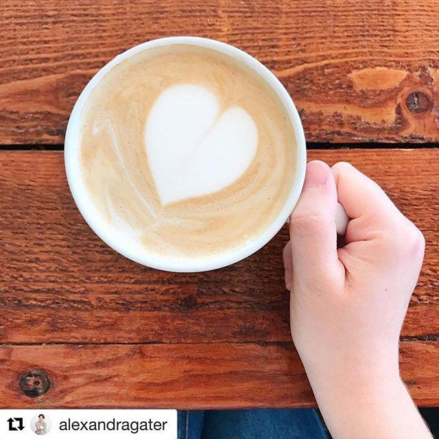 Made with love. Every. Single. Day. ♥️ #grazeatthegoat . . . #toronto #the6ix #papevillage #danforth #eastyork #playter #espresso #food #foodie #torontolife #cafe #coffee #vegan #oatmilklatte #fall #pumpkinspice #goatcoffeeco