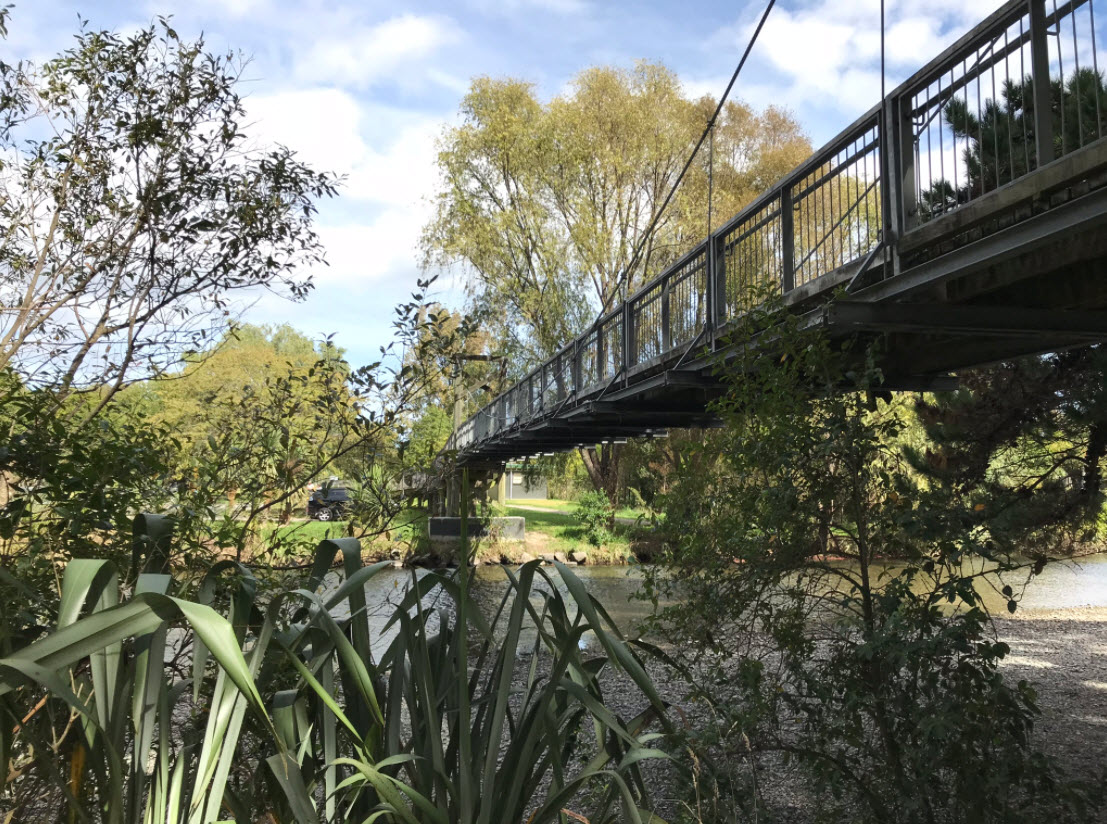 Waikanae River Bridge - Photo Tony Cutting