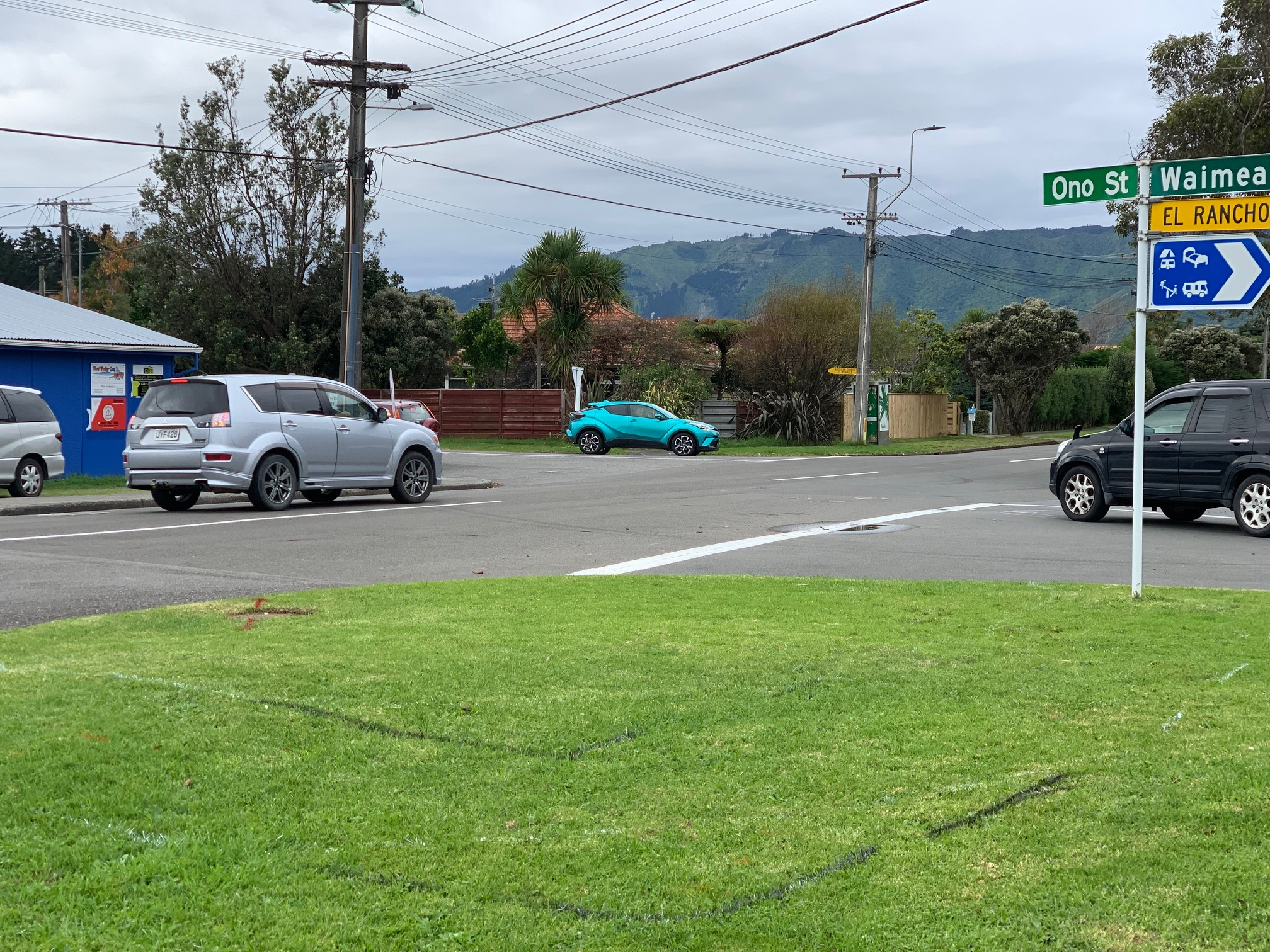 Waimea & Te Moana Intersection - Photo: Tony Cutting (Kapiti Now)