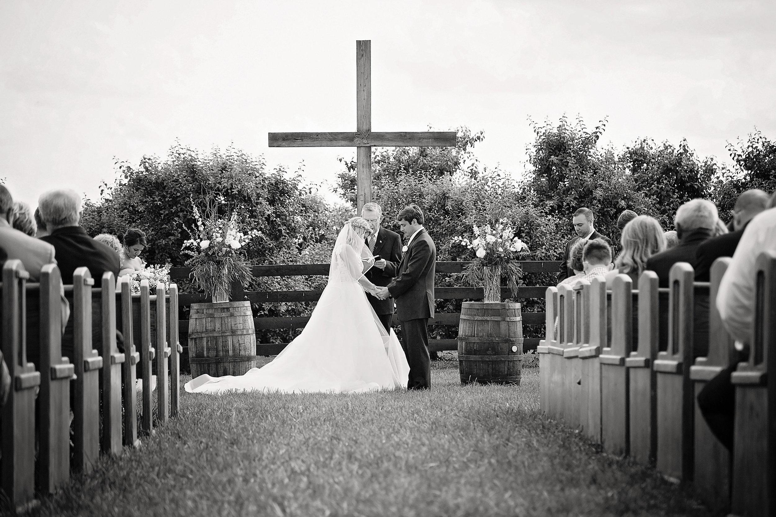 Photographer:  Bourbon & Brides Kentucky Wedding Photography
