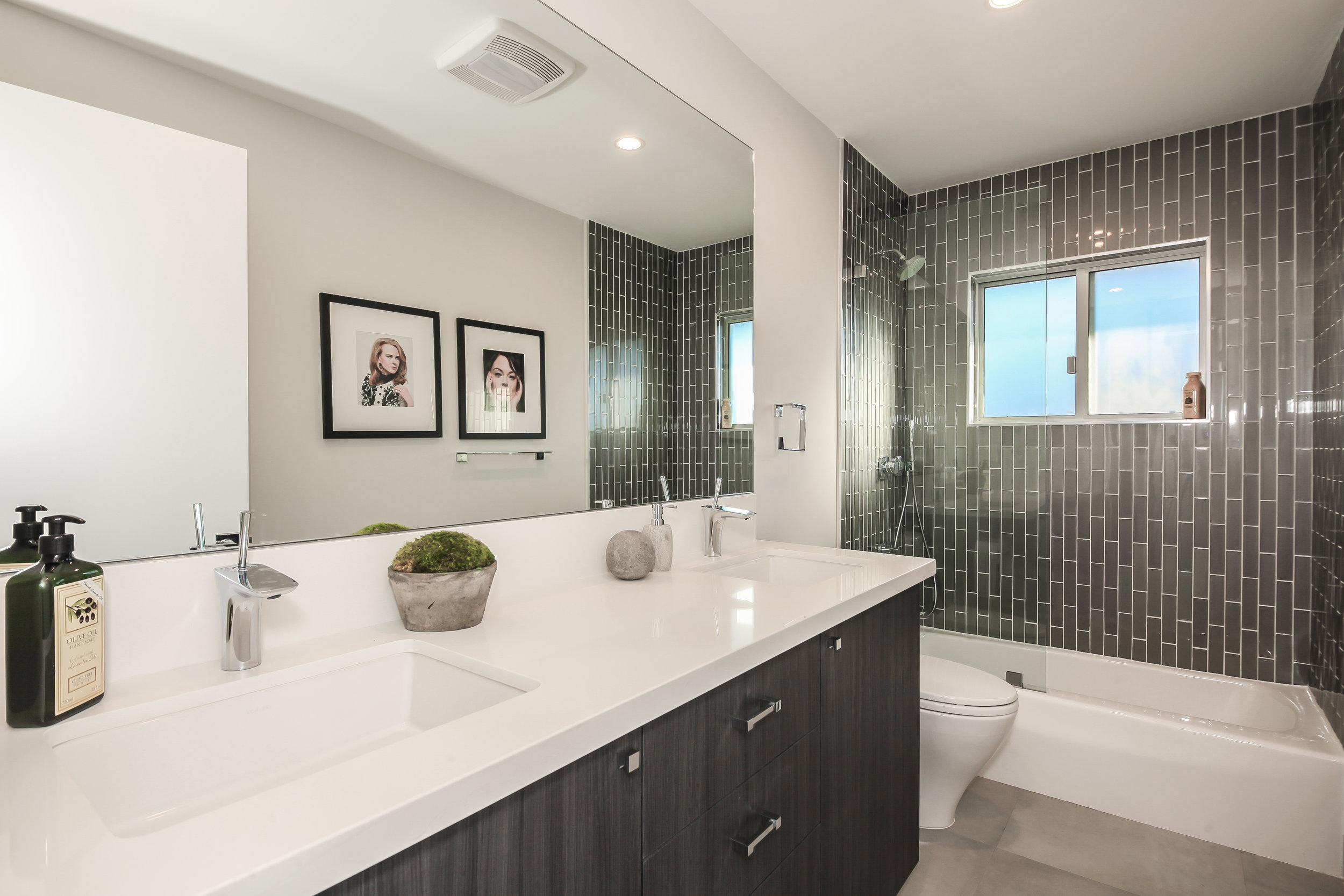 036-photo-bathroom-1956471.jpg