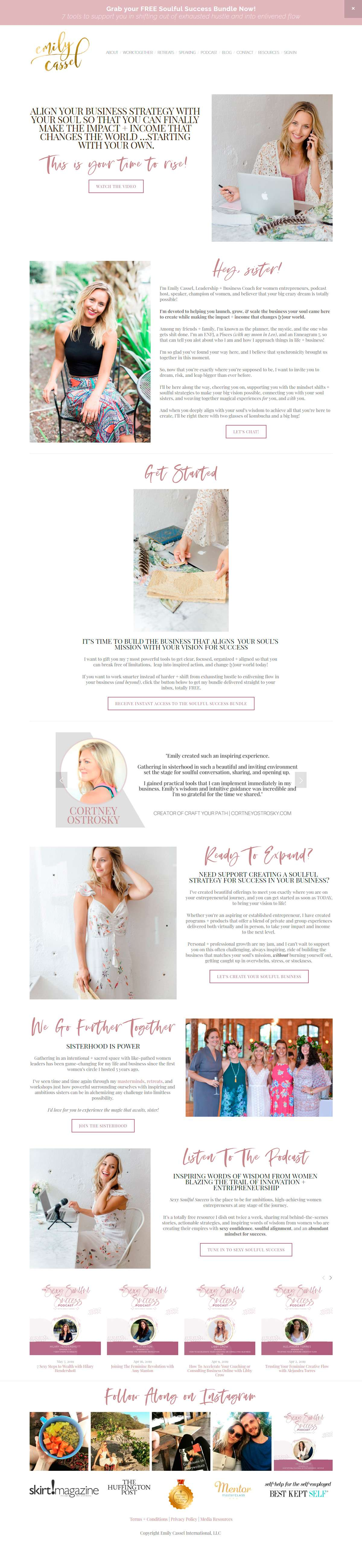Want to see the best coaching websites in Squarespace? This one is for business strategy and mindset coach, Emily Cassel. Click through for inspiration for your website | www.jessicahainesdesign.com