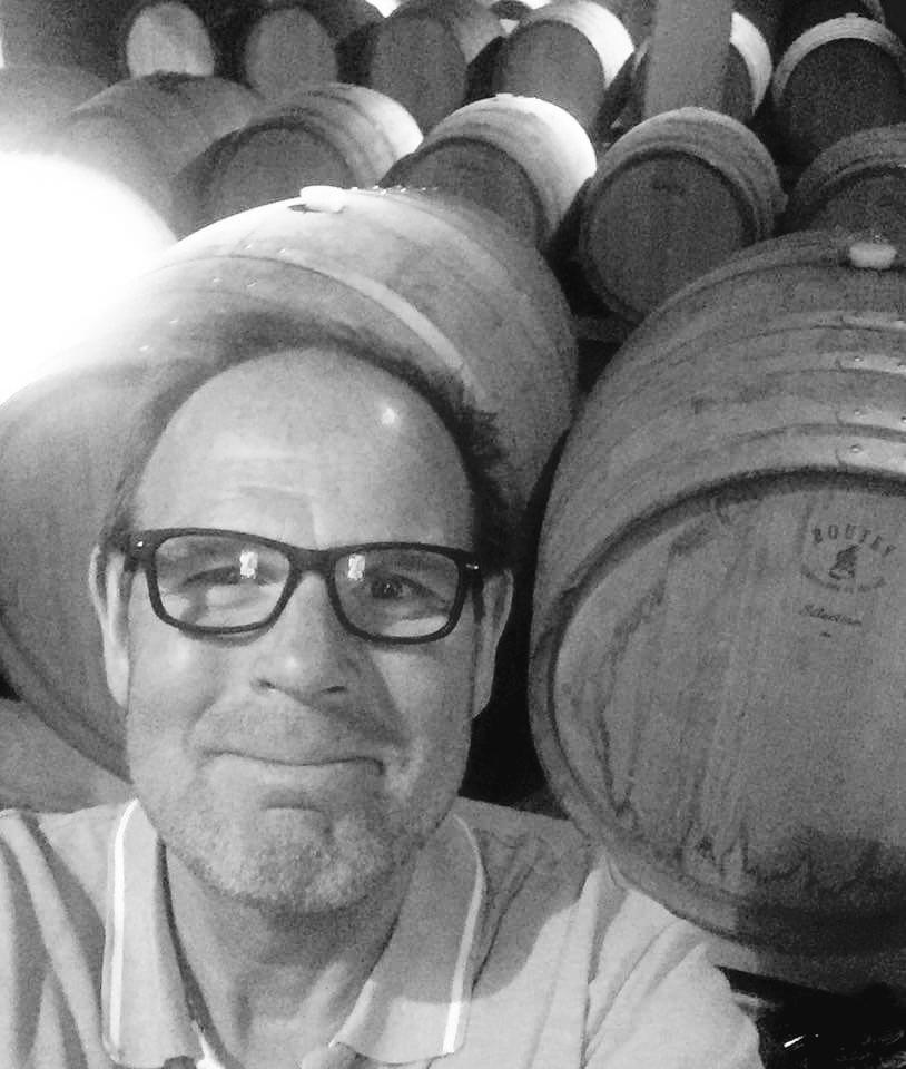 """Mikael Westerberg, Grundare och ägare   Kungsbacka kille med ett förflutet som kock och restaurangägare. Ensam grundare av Westers whisky, en stängd grupp med mängder av spektakulära provningar och events under hatten. Köper även fat och buteljerar genom andelssystem. En riktig whisky gubbe som de flesta känner som rätt och slätt """"Wester""""."""