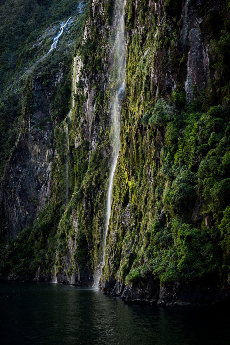 Milford Waterfall Fiordland National Park A Great Backyard