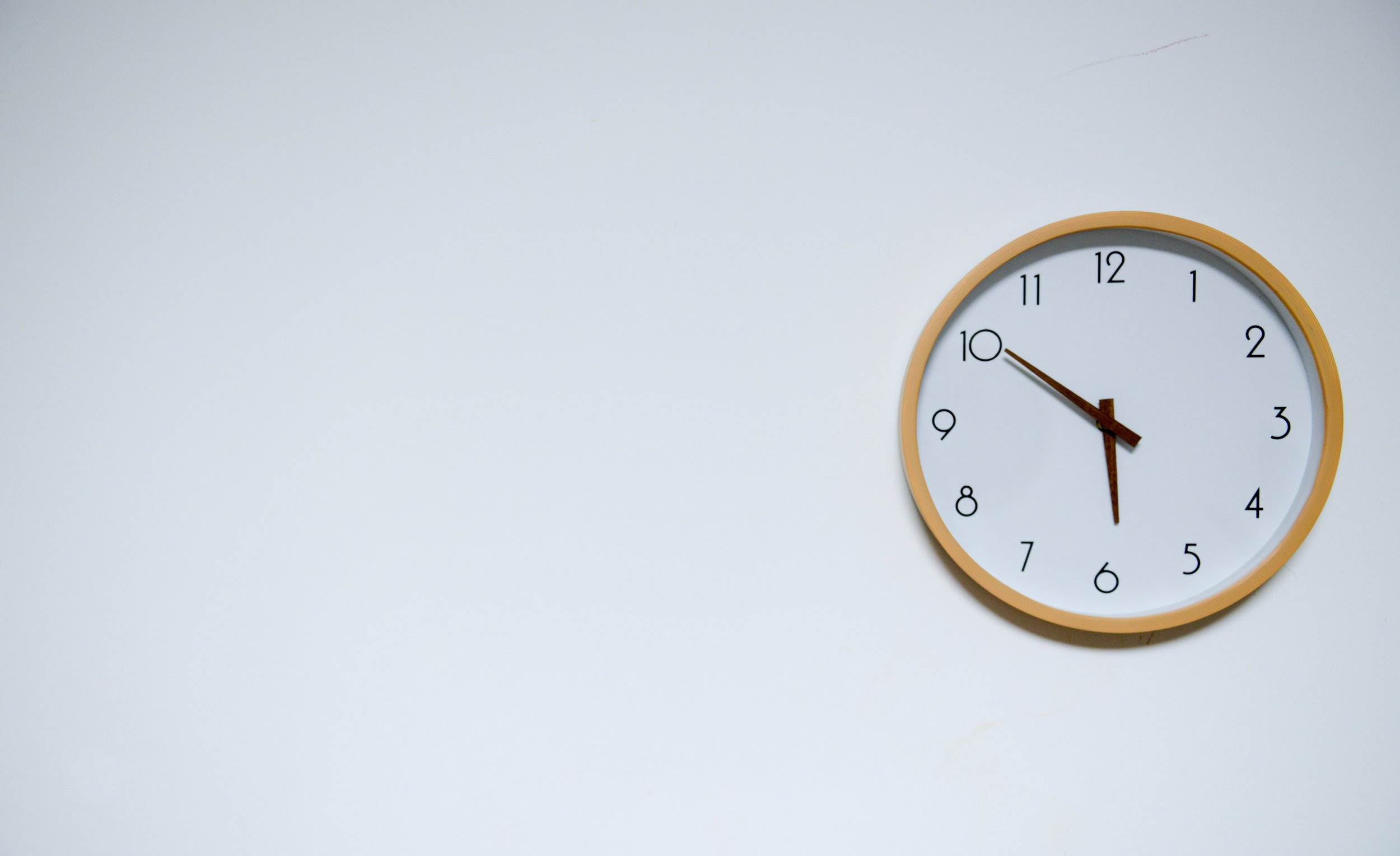 fight procrastination with this insanely effective time management hack