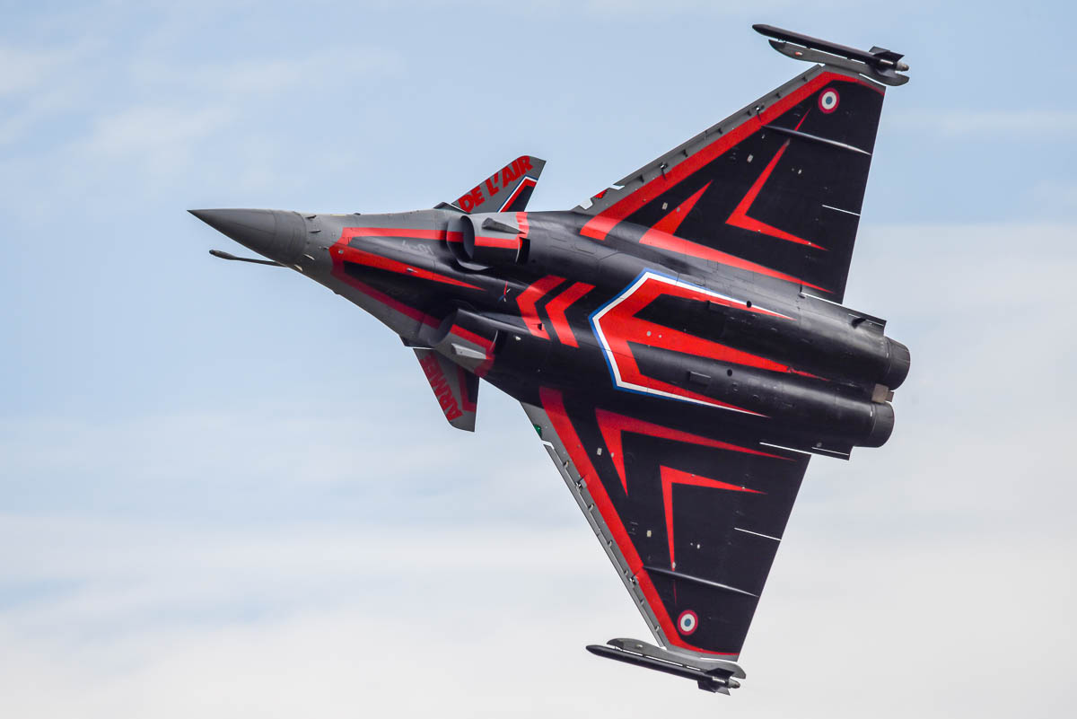 French Dassault Rafale - in stunning colours.