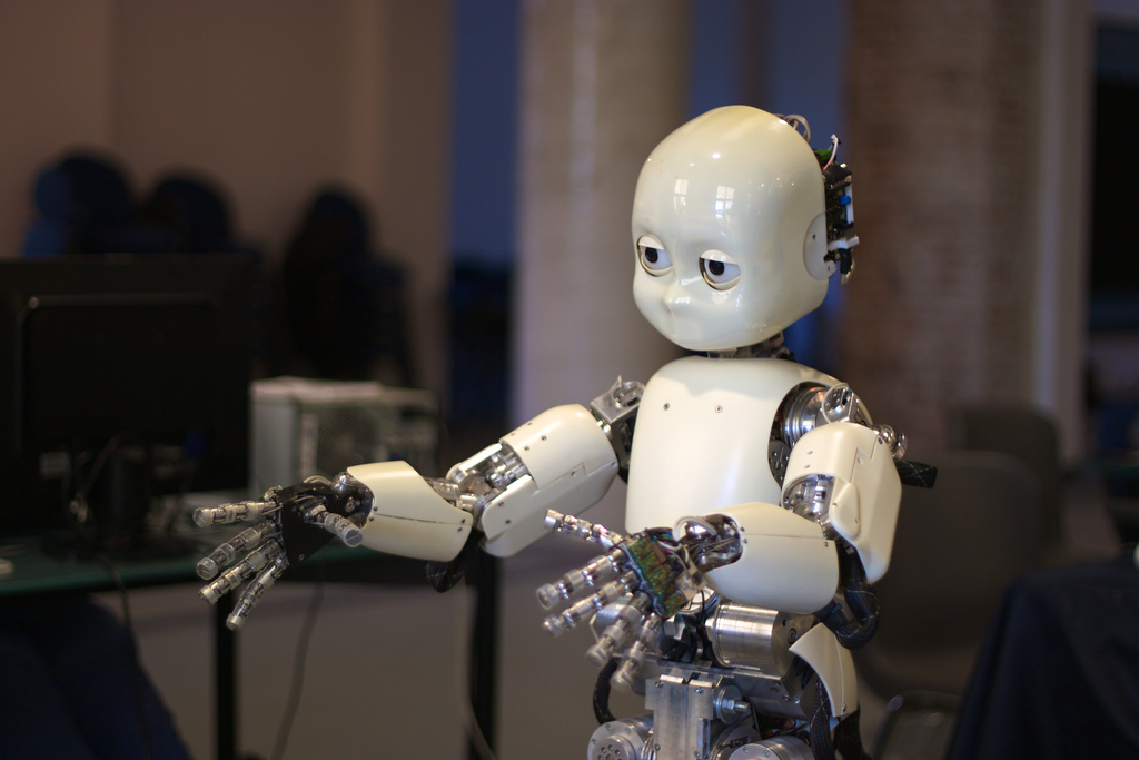 10. Artificial Intelligence In Humanoid Robots -