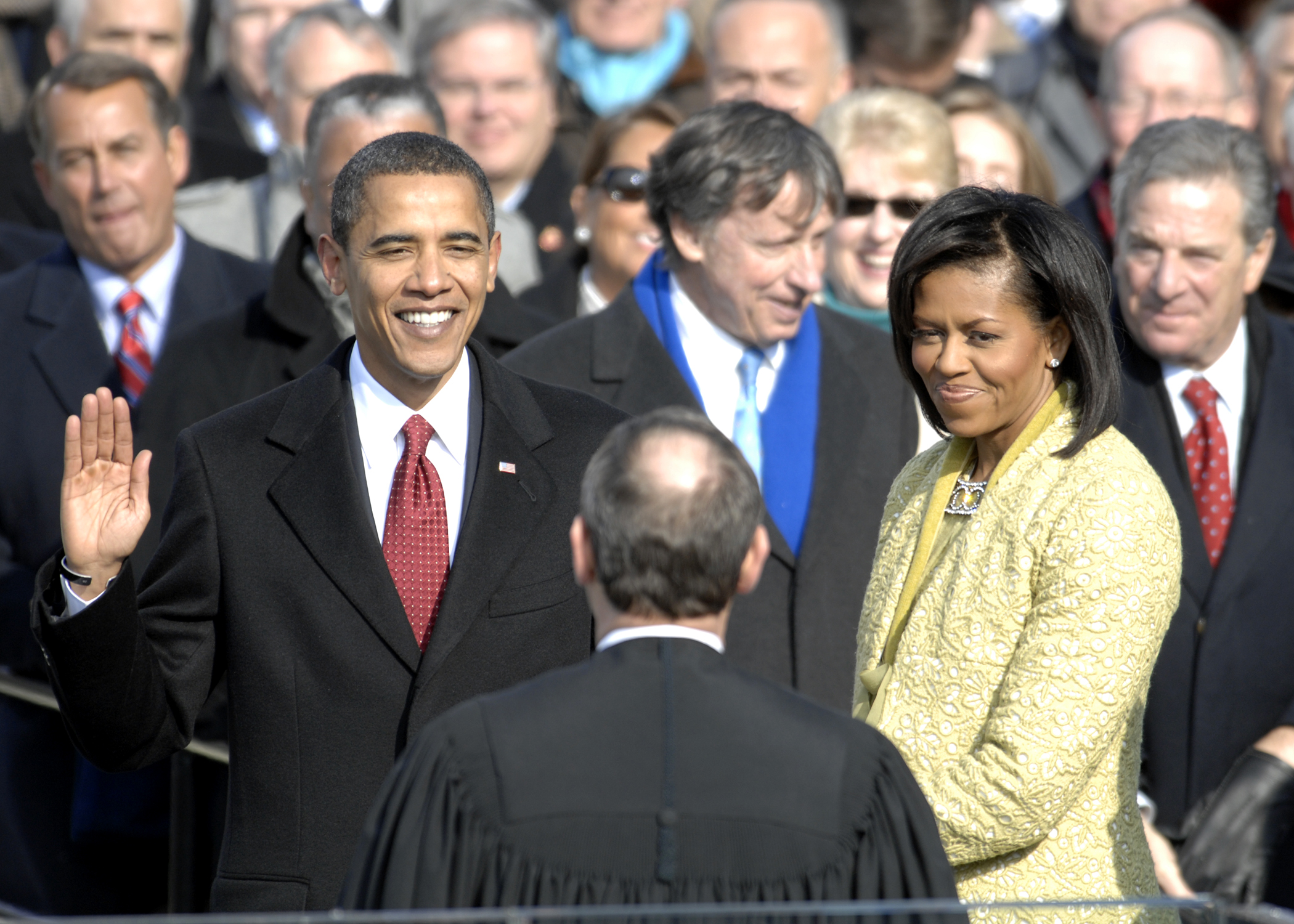 US_President_Barack_Obama_taking_his_Oath_of_Office_-_2009Jan20.jpg