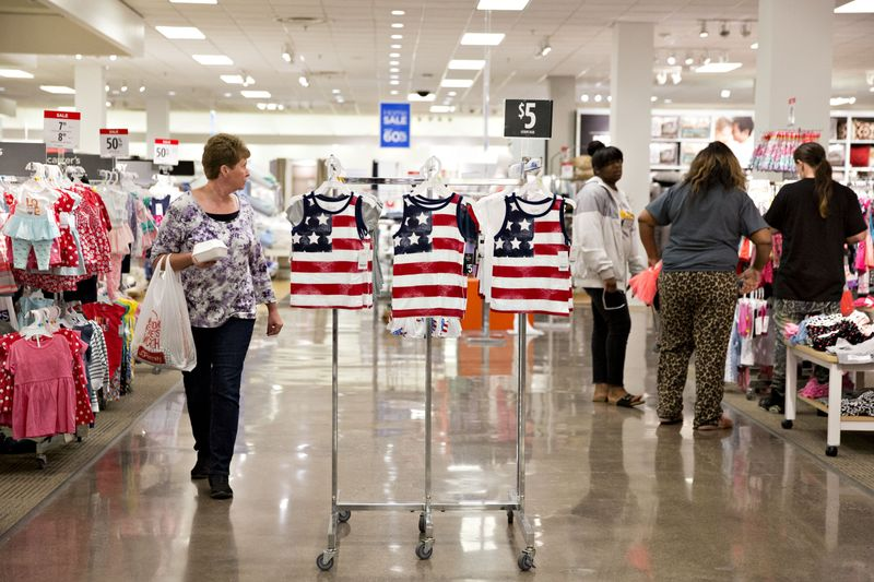 4. Big-Data Infusion for U.S. Inflation Gauge Starts With Apparel -