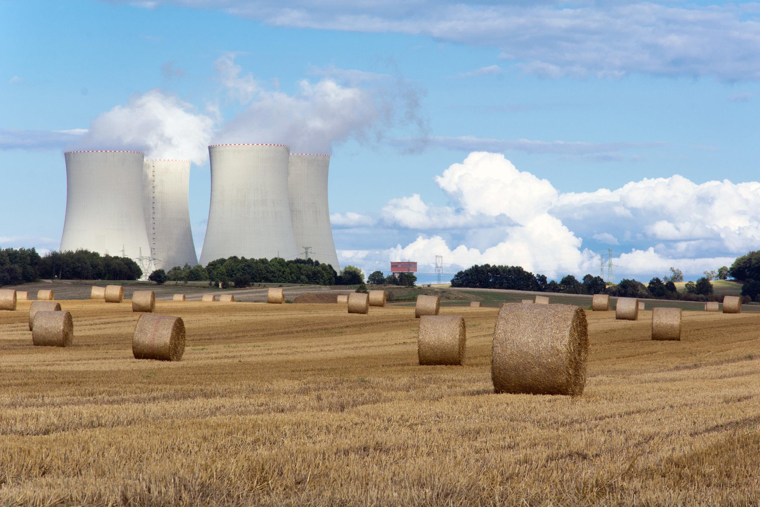 nuclear-power-plant-between-fields.jpg