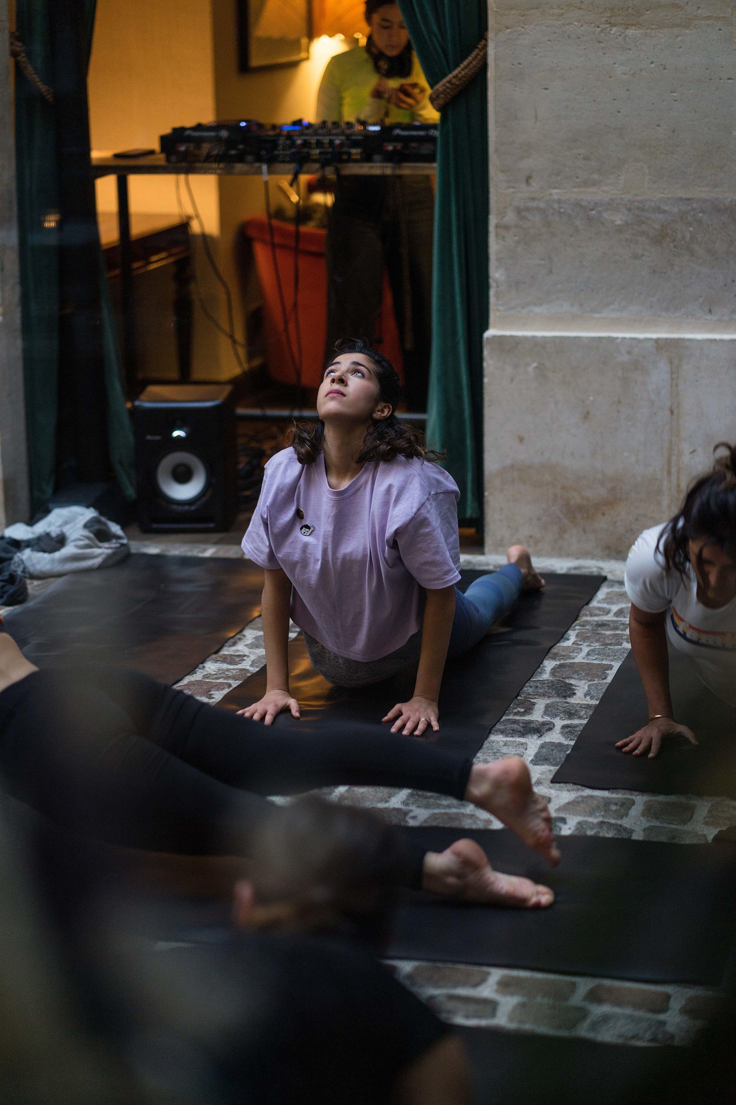 yoga48.jpg