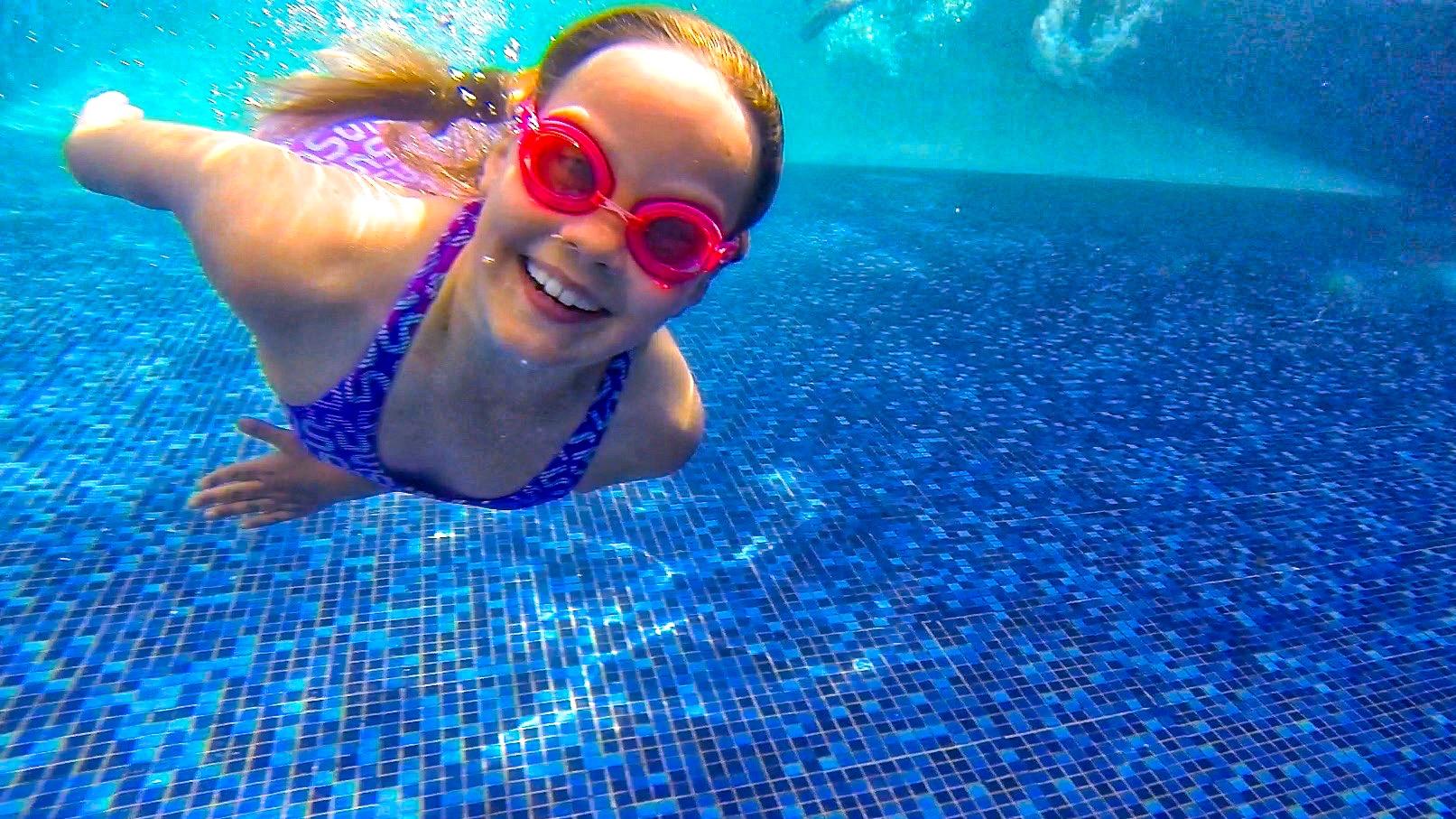 Evie-under-water_HDR_edit.jpg