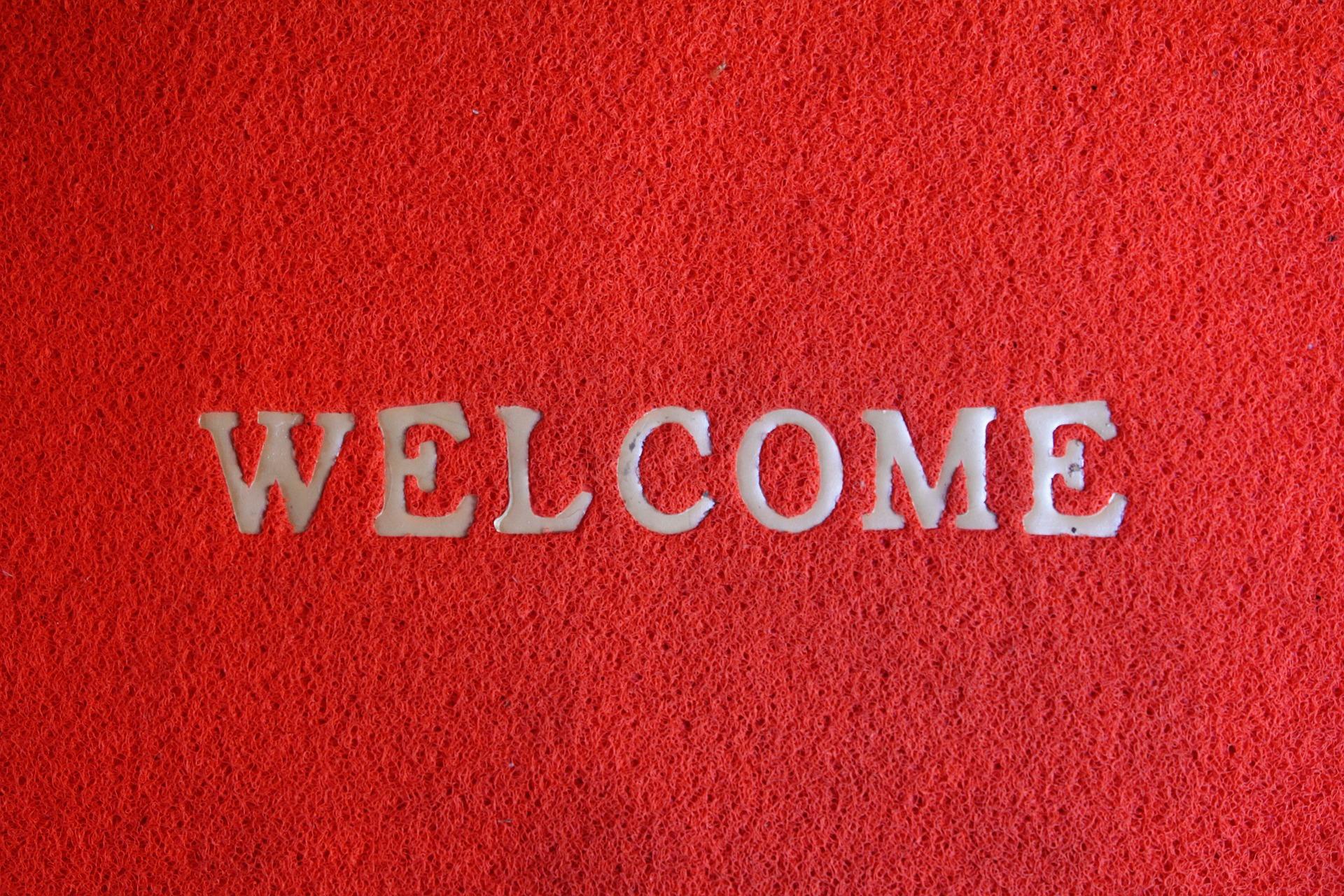 welcome-1607501_1920.jpg
