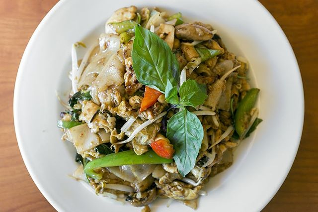 Get your Friday Drunken Noodles at Pac Thai today! . . . #instagood #food #sweet #yummy #instapic #yum #delicious #fresh #foodie #hungry #homemade #foodgasm #pdxeats