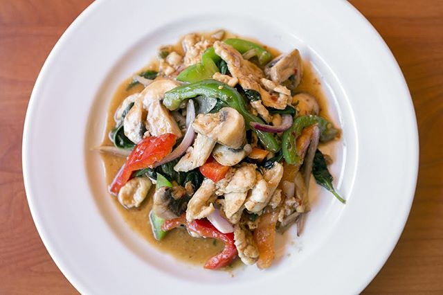 Get some Pad Ga Pow for dinner tonight! . . . #instagood #food #sweet #yummy #instapic #yum #delicious #fresh #foodie #hungry #homemade #foodgasm #pdxeats