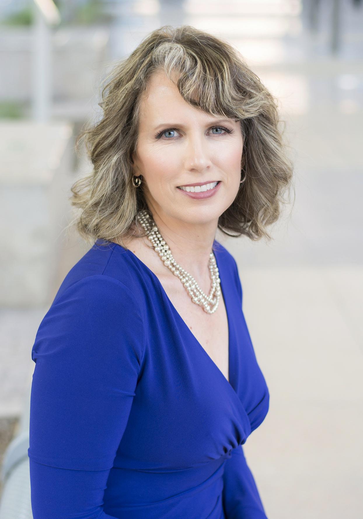 Renata Smith | Your Thrive Financial Partner
