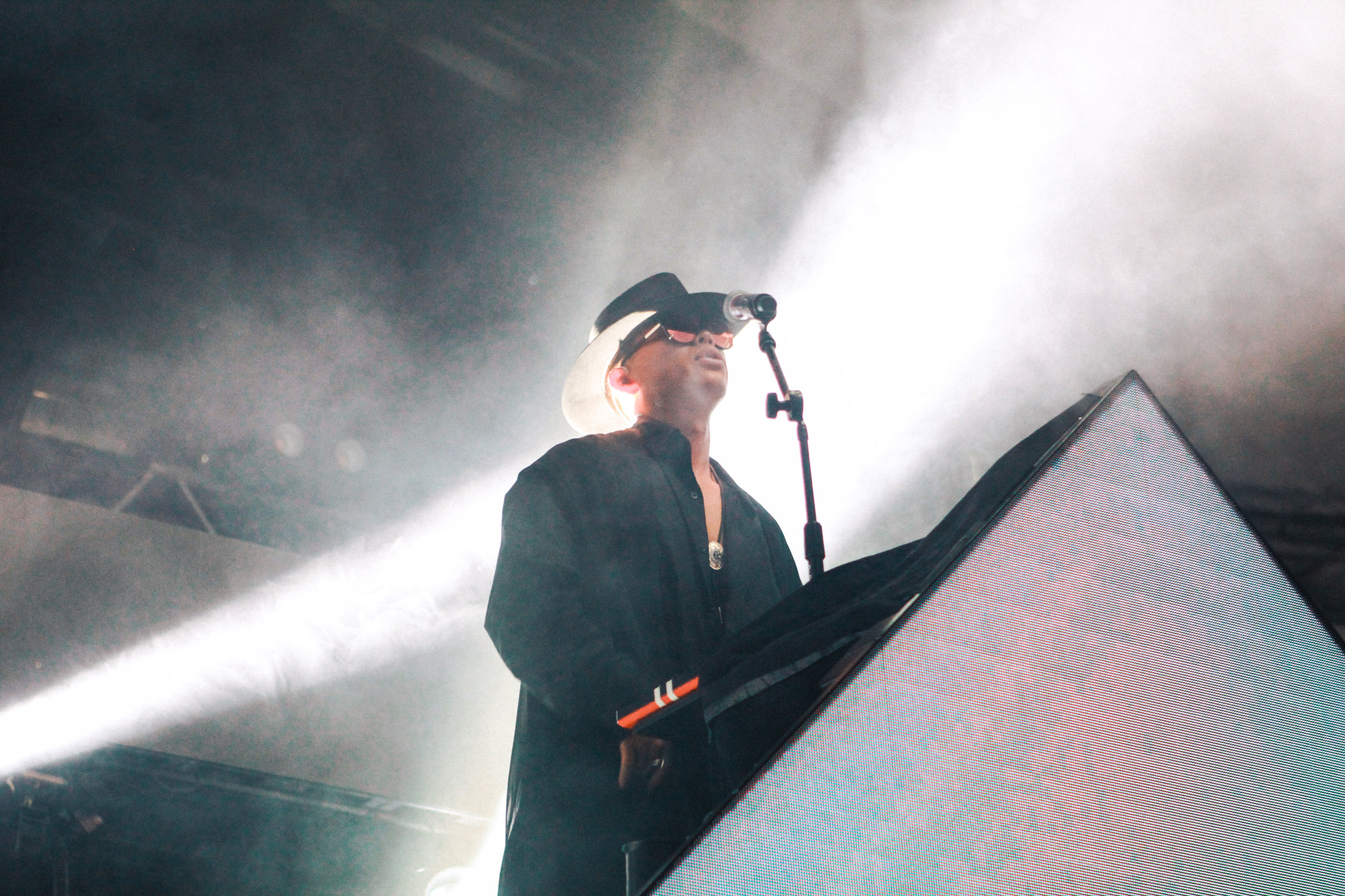 Zhu plays to a sold out crowd at Stubbs.