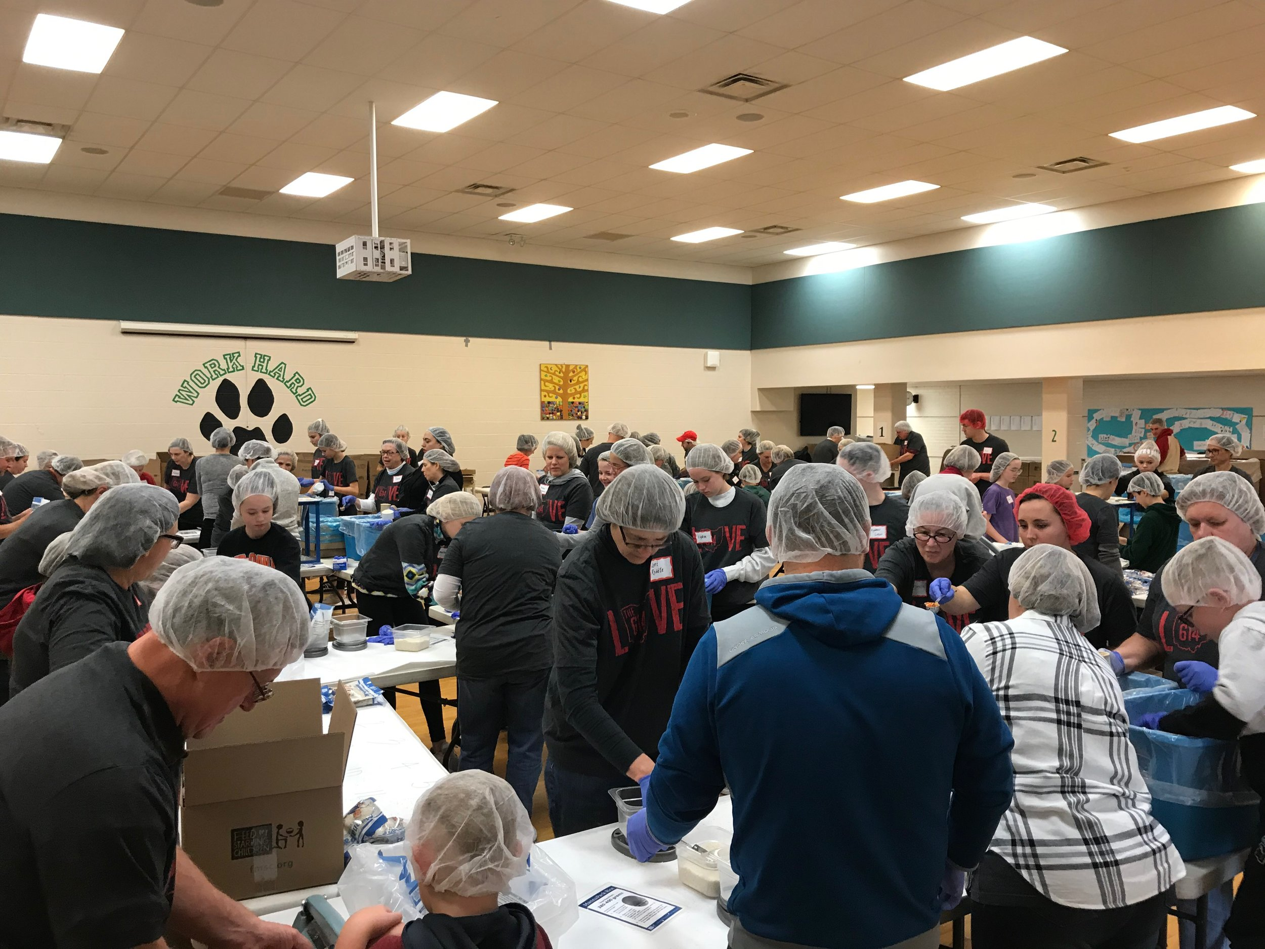 500,000 MEALS 2,500 VOLUNTEERS LOVETHE614 -