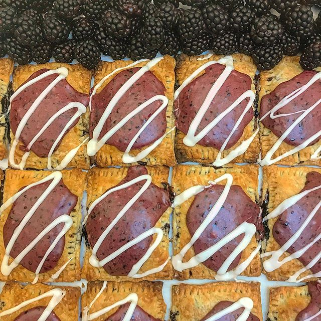 Blackberry Bourbon Vanilla Pop Tarts. Filled with a fresh Blackberry + Bourbon Jam, glazed with a blackberry icing, and finished off with a vanilla drizzle. @therefinerynewburgh + @rivercityevansville  have been fully restocked this morning! Try one of these, or choose from a variety of our other seasonal pastry offerings!