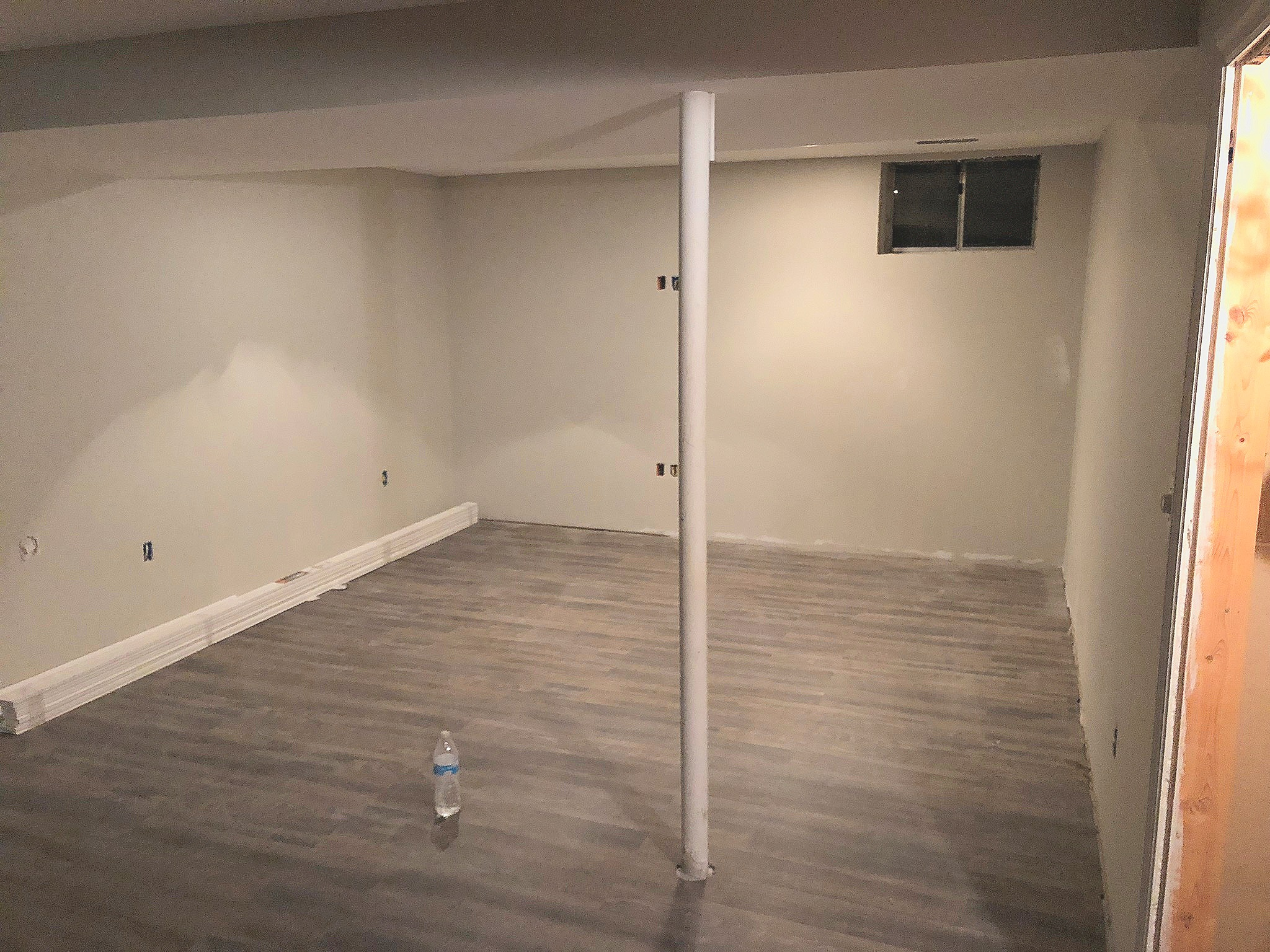 I kind of feel like this is starting to look like a grown up space!