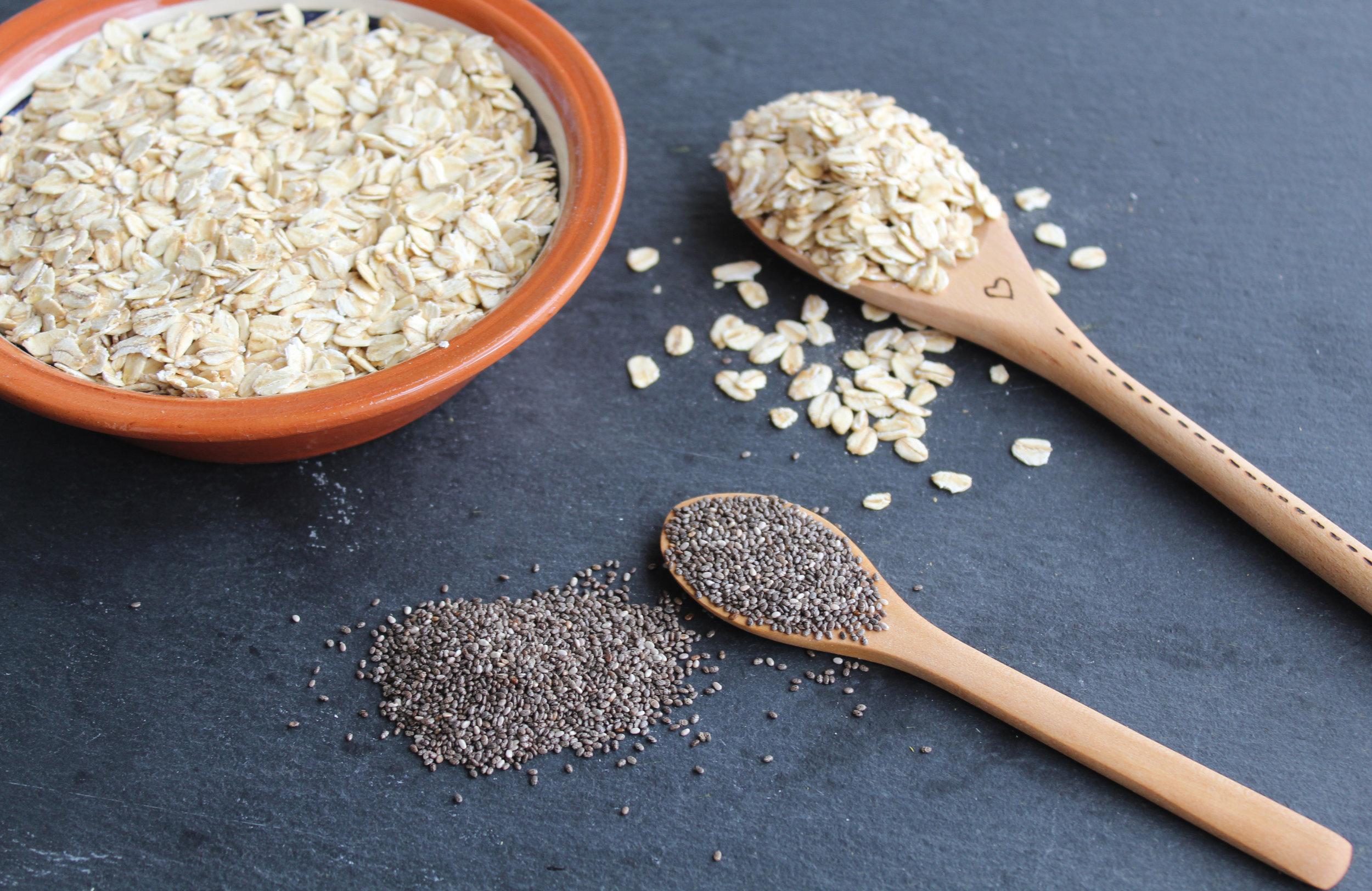 pão de aveia com sementes de chia foto.jpg