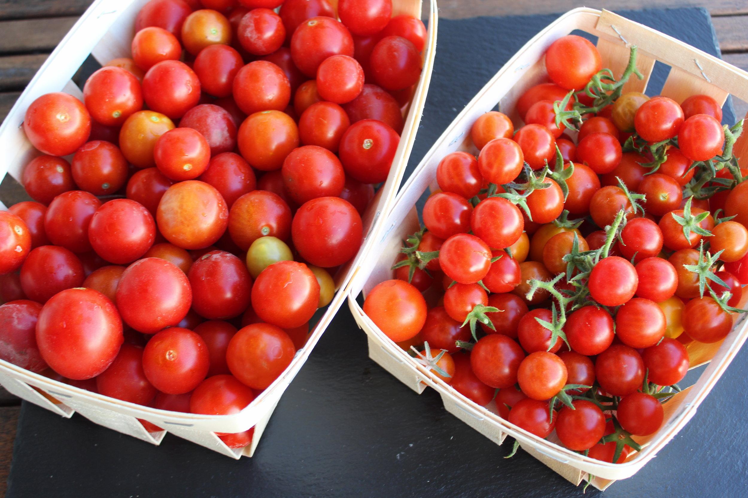 salada quinoa com tomate cherry e azeitonas foto.JPG