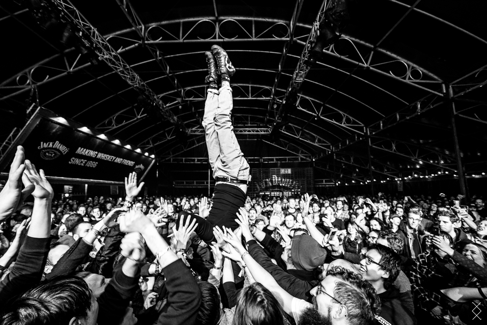 On stage photography: Frank Carter and the Rattlesnakes 2018