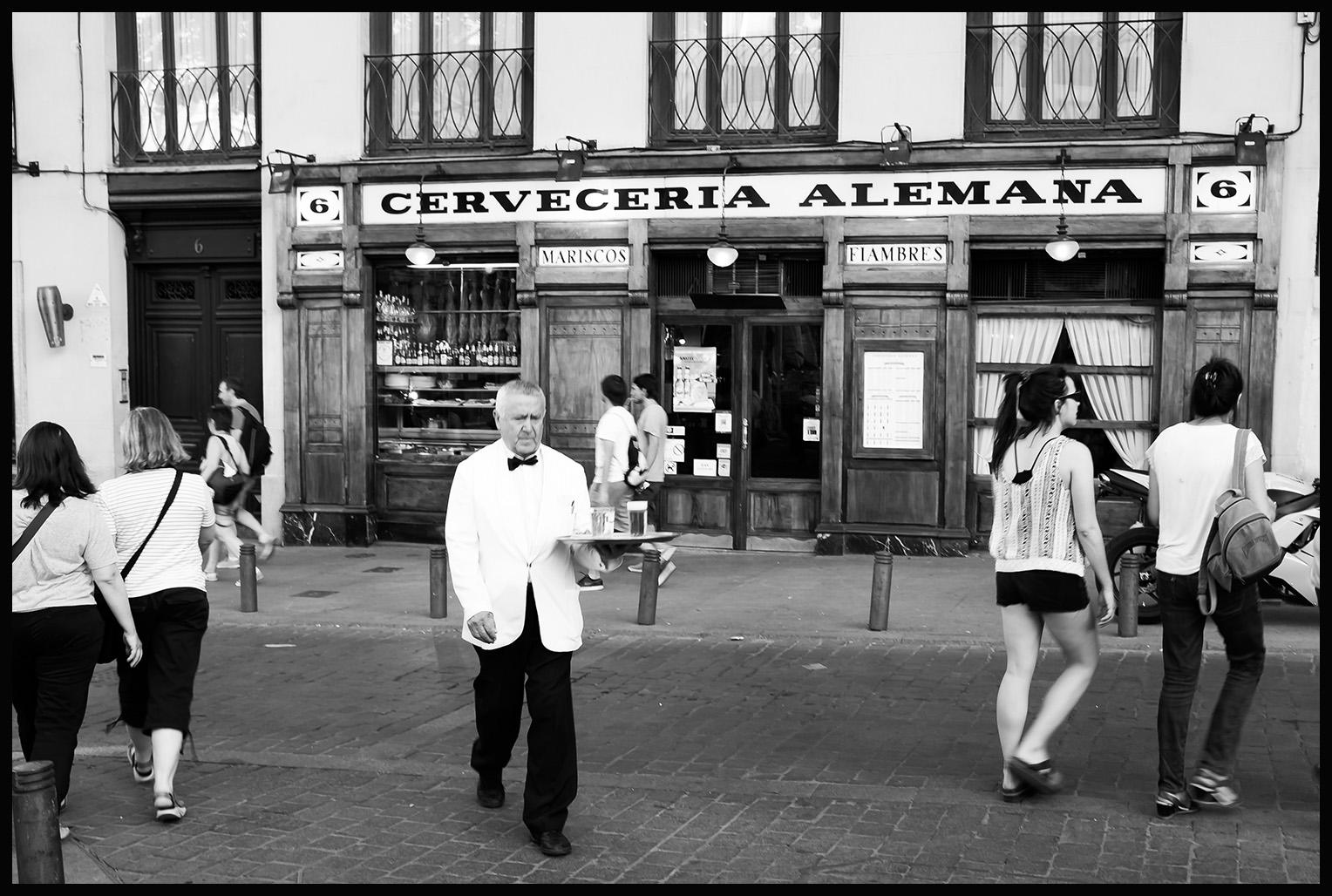 Madrid - Santa Ana Square   Fujifilm X100S © 2014 Miguel Witte