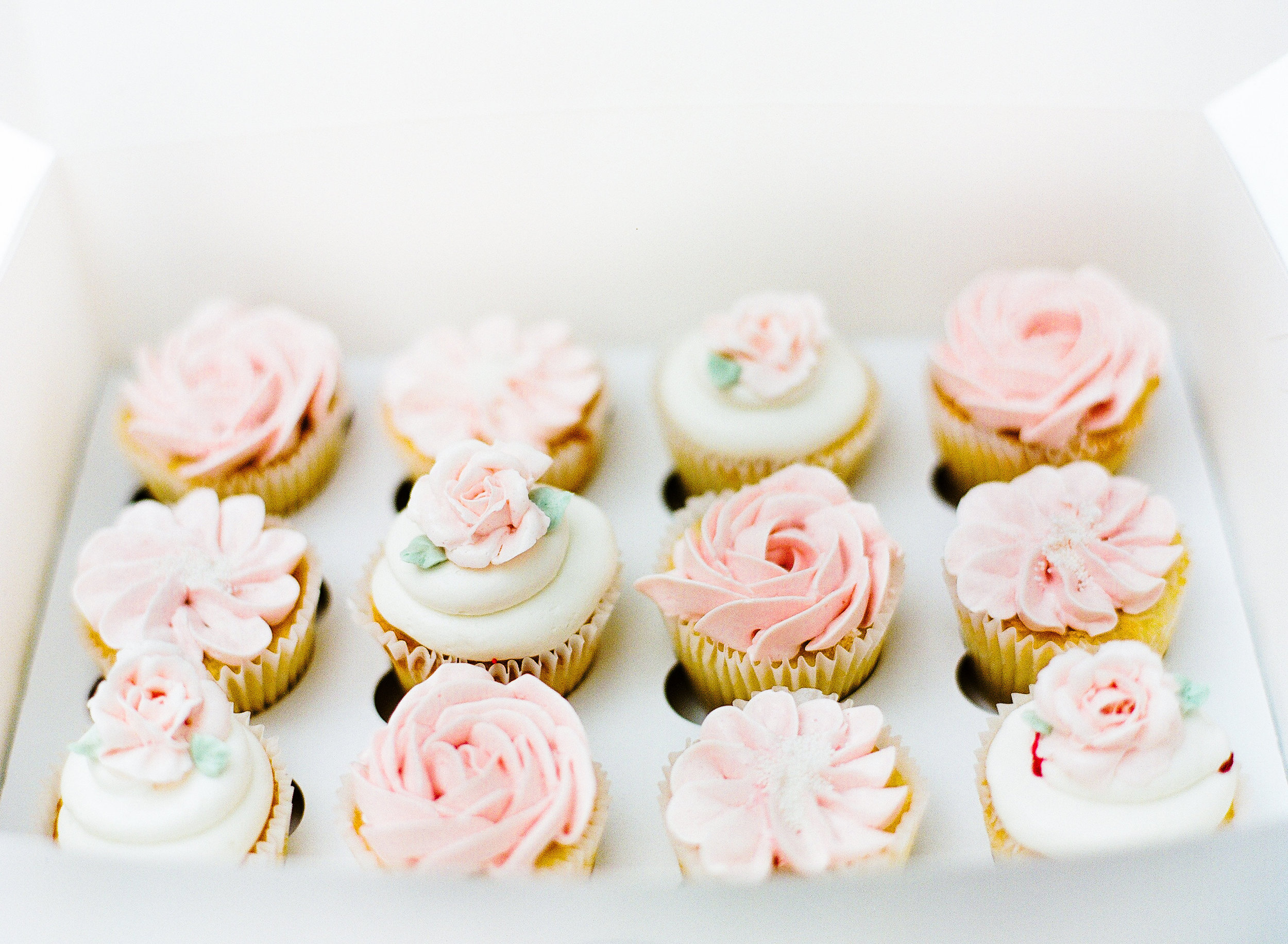 Buttercream Flower Cupcakes Ruze Cake House