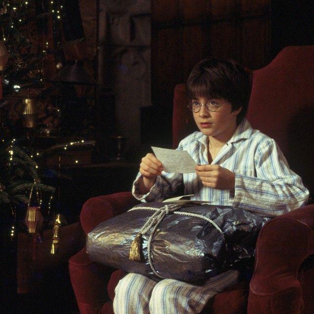- Het is het weekend voor kerst en als je net als ik altijd alles uitstelt is dit hét moment om gestrest de winkels af te struinen op zoek naar kerstcadeau's. Omdat ik weet wat een lijdensweg het kan zijn om het juiste cadeautje te vinden tijdens kerstdrukte, hierbij een lijst met boeken voor echt elk soort lezer.