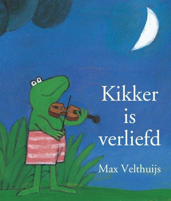 """Kikker is verliefd, Max Velthuijs (1989) - Dit prentenboek is mijn absolute favoriet. Maar omdat alleen Pipi op één kan staan, staat Kikker op twee. Toen mijn zoon in groep één zat, vroeg zijn juf of ik dit boek wilde inspreken op een – jawel – cassettebandje. Zo konden de kinderen in haar groep zo vaak als ze wilden het boekje luisteren. Charlie, toen drie jaar, kraste het boek thuis in een onbewaakt ogenblik helemaal vol. Met stift. Ik gaf haar op haar donder, kocht een nieuw boek voor de juf en hield zelf de 'versierde' versie. Achteraf gezien was dat waarschijnlijk ook precies Charlie's bedoeling.Favoriete citaat: """"Kikker voelde zich vreemd. Hij moest lachen en huilen tegelijk. En zijn hart klopte van boem-boem, boem-boem. Varkentje dacht dat hij kou had gevat. Maar Haas wist wat er met Kikker aan de hand was. 'Je bent verliefd,' zei hij."""