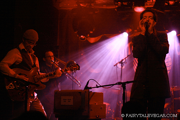 2009 Knitting Factory NYC, photo by Fairytale Vegas (Andrew Stern, Doug LaRosa, Brian Carpenter)